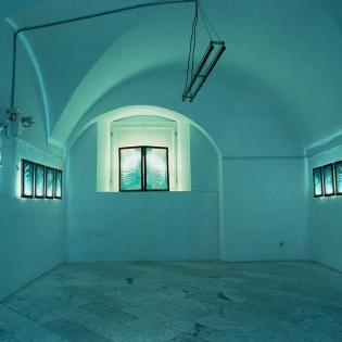 STATIONEN, installation, silkscreen frames, light